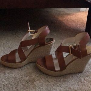 Micheal Kors brown heels